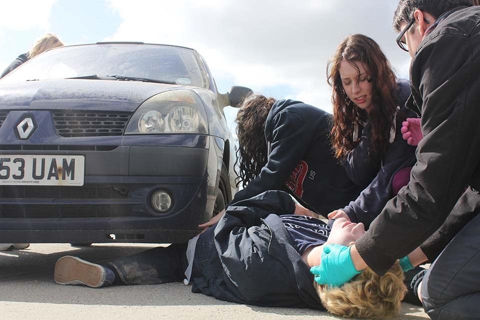Ce trebuie să faci în caz de accident rutier! Cum se acordă primul ajutor medical victimelor