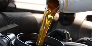 Schimba uleiul la masina